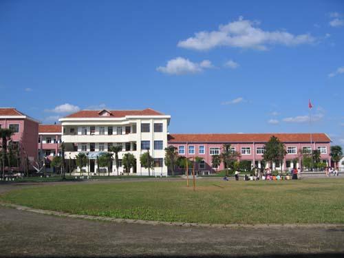 崇明县海桥中学