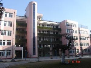 武汉市江夏区第一初级中学