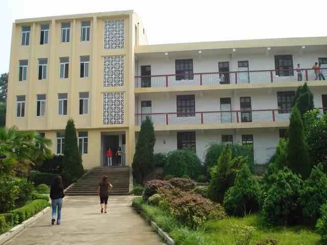 武汉市蔡甸区高庙中学