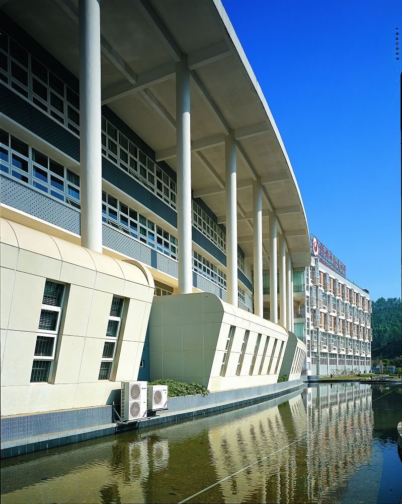 深圳市第十二高级中学图片