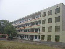明德洞井中学